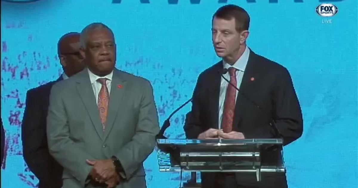 Clemson's Dabo Swinney honors his coach at the Bear Bryant Awards