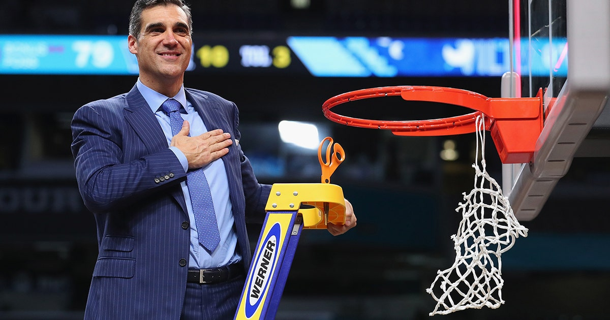 See how Jay Wright turned Villanova into 'the best place to play college basketball'