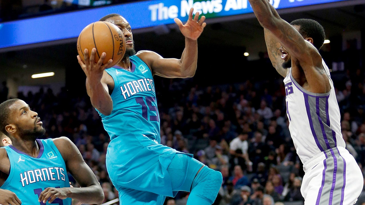 1b31e6c1c656 Hornets LIVE To GO  Kemba Walker s 12th 30-point game not enough vs. Kings