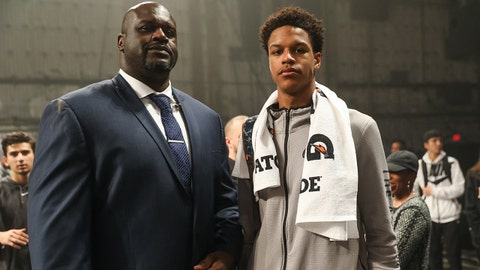 STUDIO CITY, CA - JANUARY 25:  Shaquille O'Neal (L) poses with his son Shareef O'Neal (R) at the Jordan Brand Future of Flight Showcase on January 25, 2018 in Studio City, California.  (Photo by Cassy Athena/Getty Images)