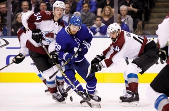 Soderberg's 1st hat trick leads Avalanche past Leafs 6-3