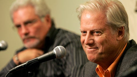<p>               File-This Sept. 21, 2007, file photo shows San Francisco Giants' owner Peter Magowan, right, and general manager Brain Sabean speaking at a news conference in San Francisco, Friday, Sept. 21, 2007. The longtime San Francisco Giants owner has died at the age of 76. The team said Magowan died Sunday, Jan. 27, 2019, after a battle with cancer.  (AP Photo/Jeff Chiu, File)             </p>