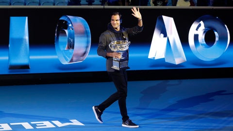<p>               Defending men's champion Switzerland's Roger Federer holds the Norman Brookes Challenge Cup as he leaves Margaret Court Arena following the official draw ceremony ahead of the Australian Open tennis championships in Melbourne, Australia, Thursday, Jan. 10, 2019. (AP Photo/Mark Baker)             </p>