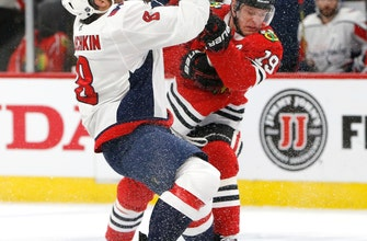 Toews gets hat trick as Blackhawks beat slumping Caps 8-5