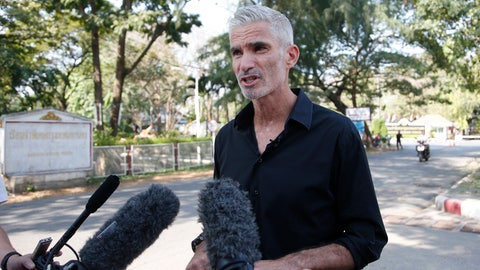 <p>               Former Australian soccer national team member Craig Foster talks to journalists after meeting Hakeem al-Araibi, a refugee athlete detained in Thailand, outside a prison in Bangkok, Thailand, Tuesday, Jan. 22, 2019. Foster called on soccer's governing bodies to push for the release of al-Araibi while it weighs an extradition request. (AP Photo/Sakchai Lalit)             </p>