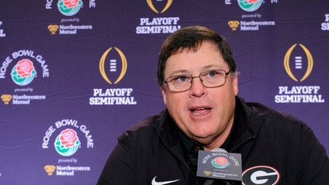 <p>               FILE - In this Jan. 1, 2018, file photo, Georgia offensive coordinator Jim Chaney talks to reporters during a news conference in Los Angeles. Chaney is returning to Tennessee for a second stint as the Volunteers' offensive coordinator after spending the last three seasons at Georgia. (AP Photo/Richard Vogel, File)             </p>