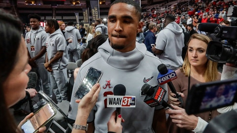 <p>               FILE - In this Jan. 5, 2019, file photo, Alabama's Jalen Hurts answers questions during media day for the NCAA college football playoff championship game, in Santa Clara, Calif. Alabama quarterback Jalen Hurts has decided to transfer to Oklahoma. Hurts made the announcement Wednesday, Jan. 16, 2019, in a story in the Players' Tribune .(AP Photo/David J. Phillip, File)             </p>