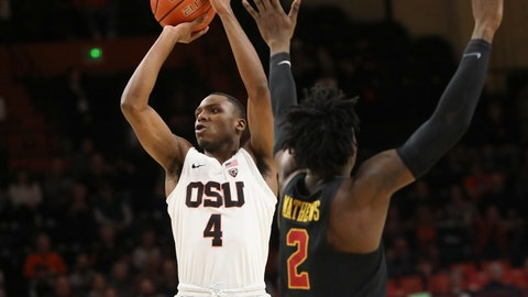 <p>               Oregon State's Alfred Hollins shoots next to Southern California's Jonah Mathews during the first half of an NCAA college basketball game in Corvallis, Ore., Thursday, Jan. 10, 2019. (AP Photo/Amanda Loman)             </p>