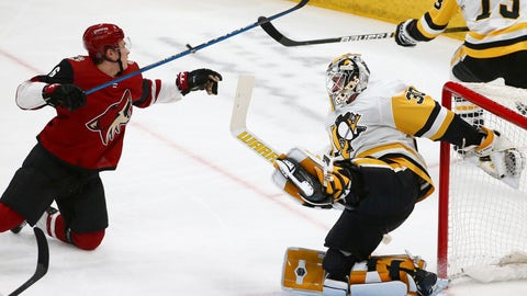 <p>               Arizona Coyotes defenseman Jakob Chychrun (6) collides with Pittsburgh Penguins goaltender Matt Murray (30) sending both to the ice during the first period of an NHL hockey game Friday, Jan. 18, 2019, in Glendale, Ariz. (AP Photo/Ross D. Franklin)             </p>
