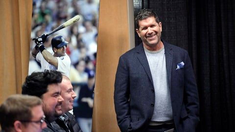 <p>               Former Seattle Mariners designated hitter Edgar Martinez smiles as he is introduced at a news conference Tuesday, Jan. 29, 2019, in Seattle. Martinez was elected to baseball's Hall of Fame last week. (AP Photo/Elaine Thompson)             </p>