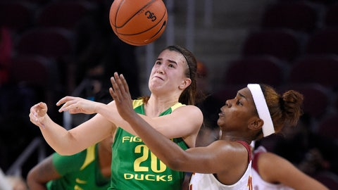 <p>               Southern California's Aliyah Mazyck, right, knocks the ball from the hands of Oregon's Sabrina Ionescu during the second half of an NCAA college basketball game Friday, Jan. 11, 2019, in Los Angeles. Oregon won 93-53. (AP Photo/Mark J. Terrill)             </p>