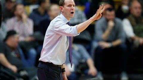 <p>               Washington coach Mike Hopkins signals during the first half of the team's NCAA college basketball game against Colorado on Saturday, Jan. 12, 2019, in Boulder, Colo. (AP Photo/David Zalubowski)             </p>