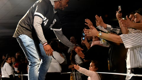 <p>               Chicago White Sox's Eloy Jimenez is introduced to fans during the baseball team's convention Friday, Jan. 25, 2019, in Chicago. (AP Photo/David Banks)             </p>