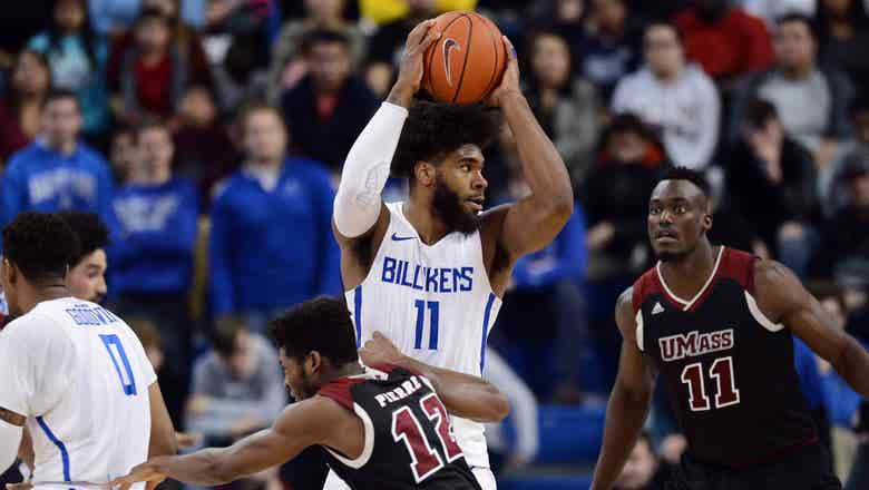 French's career-high 25 points lift SLU to 65-62 win over UMass