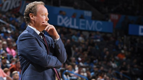 OKLAHOMA CITY, OK - OCTOBER 9:  Mike Budenholzer of the Milwaukee Bucks looks on against the Oklahoma City Thunder during a pre-season game on October 9, 2018 at Chesapeake Energy Arena in Oklahoma City, Oklahoma. NOTE TO USER: User expressly acknowledges and agrees that, by downloading and/or using this photograph, user is consenting to the terms and conditions of the Getty Images License Agreement. Mandatory Copyright Notice: Copyright 2018 NBAE (Photo by Garrett Ellwood/NBAE via Getty Images)