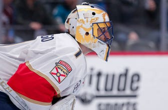Roberto Luongo moves into 3rd on NHL's goaltending wins list in Panthers' OT victory over Avalanche