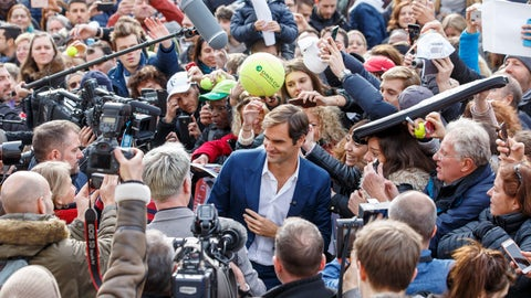 <p>               Switzerland's Roger Federer, centre, poses for a selfie with supporters, during a pre-event of the Laver Cup, in Geneva, Switzerland, Friday, February 8, 2019. (Salvatore Di Nolfi/Keystone via AP)             </p>