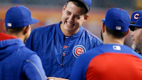 <p>               FILE - In this Aug. 12, 2017, file photo, Chicago Cubs' Anthony Rizzo, center, laughs as he talks with teammates before a baseball game against the Arizona Diamondbacks, in Phoenix. For Rizzo, spring training sure has a different feel this year. The three-time All-Star showed up cracking jokes and slinging one-liners as he set out to help the Chicago Cubs bounce back from a disappointing finish last season.(AP Photo/Ralph Freso, File)             </p>