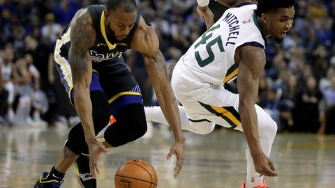 <p>               Golden State Warriors' Andre Iguodala, left, and Utah Jazz guard Donovan Mitchell chase a loose ball during the first half of an NBA basketball game, Tuesday, Feb. 12, 2019, in Oakland, Calif. (AP Photo/Ben Margot)             </p>