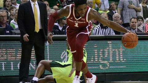 <p>               Oklahoma guard Rashard Odomes (1) comes up with a steal over Baylor guard Jared Butler (12) in the first half of an NCAA college basketball game, Monday, Feb. 11, 2019, in Waco, Texas. (Rod Aydelotte/Waco Tribune-Herald via AP)             </p>