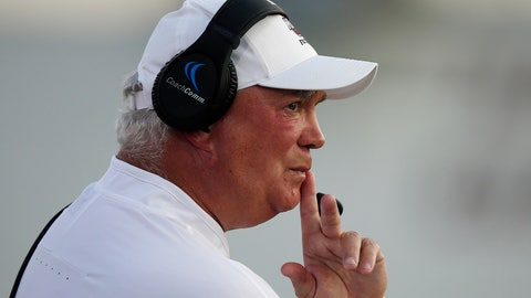 <p>               FILE - In this Aug. 25, 2018, file photo, Massachusetts coach Mark Whipple watches from the sideline during the first half of the team's NCAA college football game against Duquesne in Amherst, Mass. Pittsburgh coach Pat Narduzzi's biggest coup during the offseason might be the 61-year-old passing game guru with a reputation as a quarterback whisperer. (AP Photo/Michael Dwyer, File)             </p>