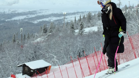 <p>               United States' Lindsey Vonn inspects the course prior to the start of a women's downhill training at the Alpine Ski World Championships in Are, Sweden, Monday, Feb. 4, 2019. (AP Photo/Shinichiro Tanaka)             </p>