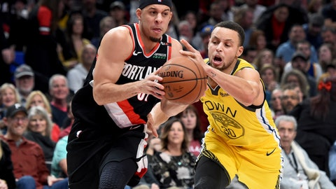 <p>               Portland Trail Blazers guard Seth Curry, left, drives to the basket on Golden State Warriors guard Stephen Curry during the second half of an NBA basketball game in Portland, Ore., Wednesday, Feb. 13, 2019. The Blazers won 129-107. (AP Photo/Steve Dykes)             </p>