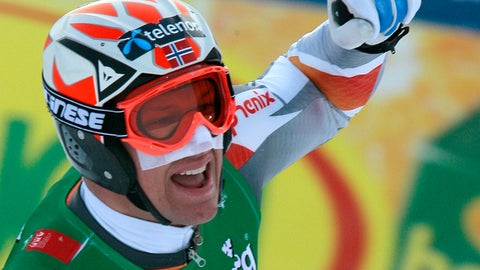 <p>               FILE - In this Feb. 11, 2007, Norway's Aksel Lund Svindal, wearing a tape to protect his face from the cold, celebrates after taking the gold medal in the Men's Downhill at the World Alpine Ski Championships in Are, Sweden. Even the world's top skiers can struggle to keep warm in extremely cold conditions, which will likely be a factor at the Alpine world championships opening in Are, Sweden, next week, from 5–17 February 2019. (AP Photo/Luca Bruno, file)             </p>
