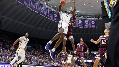 <p>               LSU forward Naz Reid (0) dunks the ball in front of Texas A&M forward Christian Mekowulu (21) as LSU forward Kavell Bigby-Williams (11), Texas A&M forward Savion Flagg (1) and Texas A&M guard Chris Collins (12) watch in the first half of an NCAA college basketball game, Tuesday, Feb. 26, 2019, in Baton Rouge, La. (AP Photo/Bill Feig)             </p>