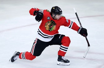 Blackhawks winning again behind Kane, improved power play