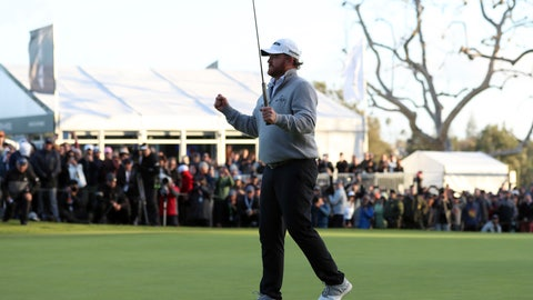 J.B. Holmes defeats Justin Thomas by 1 shot