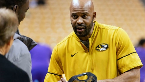 <p>               FILE - In this Jan. 26, 2019 file photo Missouri head coach Cuonzo Martin signs autographs for fans before an NCAA college basketball game against LSU in Columbia, Mo. Martin returns to Thompson-Boling Arena as a visiting coach for the first time Tuesday, Feb. 5, 2019 when his Missouri team faces the top-ranked Volunteers. Martin, who coached Tennessee from 2011-14 but never won over the fan base, now must try to snap the Vols' school-record 16-game winning streak. (AP Photo/L.G. Patterson, file)             </p>