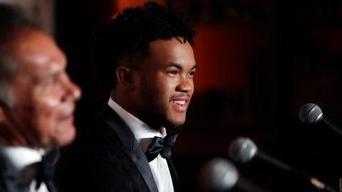 <p>               Heisman Trophy winner quarterback Kyler Murray, right, smiles during the Davey O'Brien Award news conference in Fort Worth, Texas, Monday, Feb. 18, 2019. Murray accepted the award in his first public appearance since he announced his plan to pursue an NFL football career rather than report to spring training as a first-round pick of the Oakland A's. (AP Photo/LM Otero)             </p>