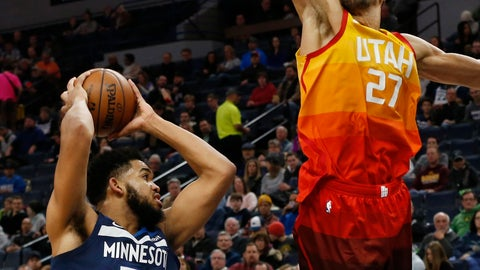 <p>               Utah Jazz's Rudy Gobert, right, of France, towers over Minnesota Timberwolves' Karl-Anthony Towns in the second half of an NBA basketball game Sunday, Jan. 27, 2019, in Minneapolis.  (AP Photo/Jim Mone)             </p>