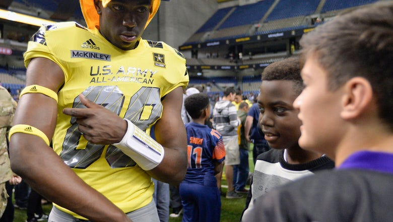 Notre Dame receiver charged in campus officer assaults