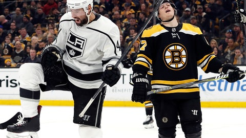 <p>               Los Angeles Kings' Nate Thompson, left, celebrates his goal next to Boston Bruins defenseman Torey Krug during the third period of an NHL hockey game Saturday, Feb. 9, 2019, in Boston. (AP Photo/Winslow Townson)             </p>