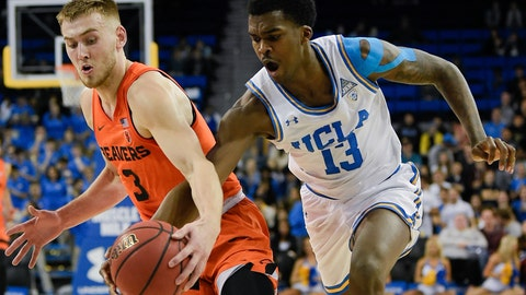 <p>               UCLA guard Kris Wilkes, right, steals the ball from Oregon State forward Tres Tinkle during the first half of an NCAA college basketball game in Los Angeles, Thursday, Feb. 21, 2019. (AP Photo/Kelvin Kuo)             </p>