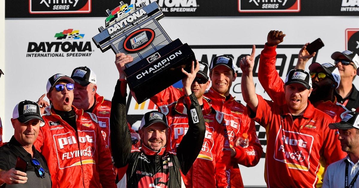 Michael Annett gets JR Motorsports back to victory lane at Daytona I 2019 DAYTONA | FOX NASCAR