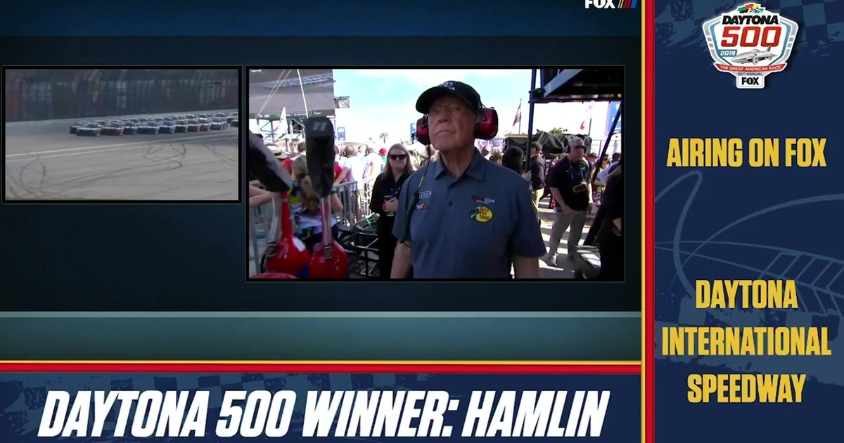 Watch Michael Waltrip's Daytona 500 watch party sign-off message to Denny Hamlin and the late J.D. Gibbs