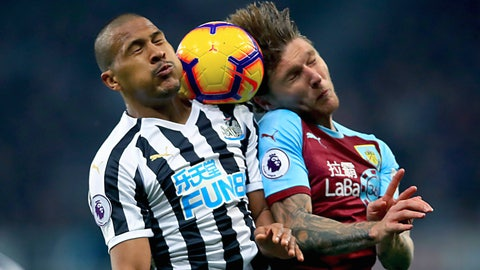 <p>               Newcastle United's Salomon Rondon, left and Burnley's Jeff Hendrick battle for the ball in the air, during the English Premier League soccer match between Newcastle and Burnley, at St James' Park, in Newcastle, England, Tuesday, Feb. 26, 2019. (Owen Humphreys/PA via AP)             </p>