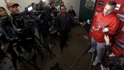 <p>               Los Angeles Angels' Mike Trout talks to the media during a news conference at their spring baseball training facility in Tempe, Ariz., Monday, Feb. 18, 2019. (AP Photo/Chris Carlson)             </p>