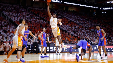 <p>               Tennessee guard Admiral Schofield (5) shoots during the second half of the team's NCAA college basketball game against Florida on Saturday, Feb. 9, 2019, in Knoxville, Tenn. Tennessee won 73-61. (AP photo/Wade Payne)             </p>