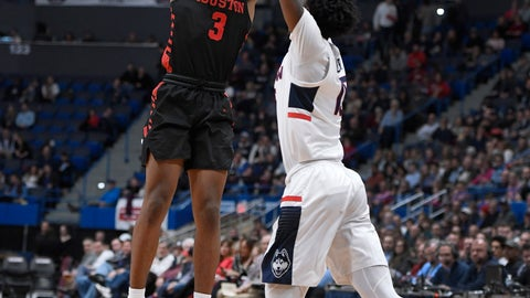 <p>               Houston's Armoni Brooks makes a basket as Connecticut's Sidney Wilson, right, defends during the first half of an NCAA college basketball game, Thursday, Feb. 14, 2019, in Hartford, Conn. (AP Photo/Jessica Hill)             </p>