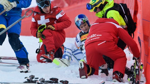 <p>               United States' Lindsey Vonn is assisted after crashing during the women's super G at the alpine ski World Championships, in Are, Sweden, Tuesday, Feb. 5, 2019. (Pontus Lundahl/TT via AP)             </p>