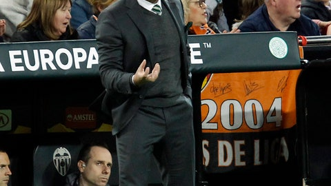 <p>               Celtic coach Brendan Rodgers gestures to players during their Europa League round of 32, second leg, soccer match between Valencia and Celtic at the Mestalla stadium in Valencia, Spain, Thursday, Feb. 21, 2019. (AP Photo/Alberto Saiz)             </p>
