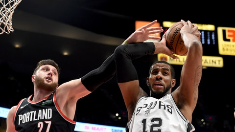 <p>               San Antonio Spurs center LaMarcus Aldridge, right, grabs a rebound in front of Portland Trail Blazers center Jusuf Nurkic during the first half of an NBA basketball game in Portland, Ore., Thursday, Feb. 7, 2019. (AP Photo/Steve Dykes)             </p>