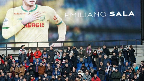 <p>               Tributes are paid to Emiliano Sala ahead of the French League One soccer match between Paris Saint-Germain and Bordeaux at the Parc des Princes stadium in Paris, Saturday, Feb. 9, 2019. (AP Photo/Christophe Ena)             </p>