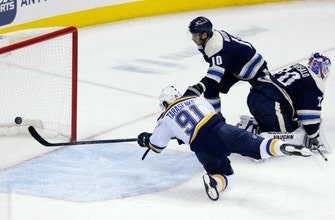 Tarasenko leads Blues to 4-2 win over Blue Jackets