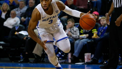 <p>               Buffalo guard Jayvon Graves (3) controls the ball against Ohio during the first half of an NCAA college basketball game, Tuesday, Feb. 19, 2019, in Buffalo N.Y. (AP Photo/Jeffrey T. Barnes)             </p>