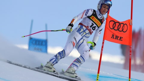 <p>               United States' Lindsey Vonn comes down the slope after crashing during the women's super G at the alpine ski World Championships, in Are, Sweden, Tuesday, Feb. 5, 2019. (AP Photo/Alessandro Trovati)             </p>